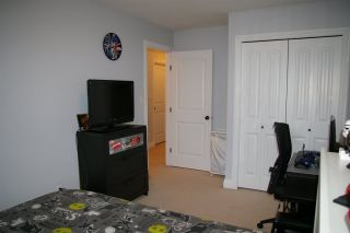 """Photo 13: 22 6498 SOUTHDOWNE Place in Sardis: Sardis East Vedder Rd Townhouse for sale in """"VILLAGE GREEN"""" : MLS®# R2308584"""