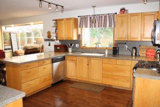 Photo 10: 6108 Whitney Pl in : Du East Duncan House for sale (Duncan)  : MLS®# 859334