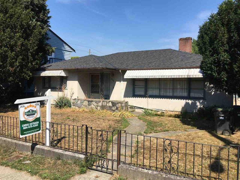FEATURED LISTING: 935 SIXTH Street New Westminster