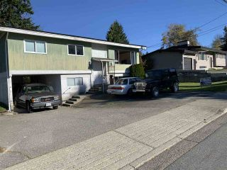 Photo 1: 32373 PEARDONVILLE Road in Abbotsford: Abbotsford West House for sale : MLS®# R2415391