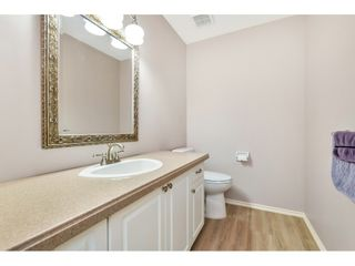 """Photo 13: 6139 W BOUNDARY Drive in Surrey: Panorama Ridge Townhouse for sale in """"LAKEWOOD GARDENS"""" : MLS®# R2452648"""