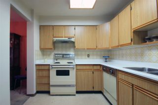 """Photo 15: 1803 615 BELMONT Street in New Westminster: Uptown NW Condo for sale in """"BELMONT TOWERS"""" : MLS®# R2123031"""