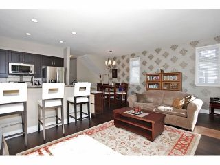 """Photo 6: 2 15454 32ND Avenue in Surrey: Grandview Surrey Townhouse for sale in """"Nuvo"""" (South Surrey White Rock)  : MLS®# F1324116"""