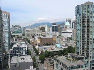 """Photo 1: 2308 909 MAINLAND Street in Vancouver: Downtown VW Condo for sale in """"YALETOWN PARK 2"""" (Vancouver West)  : MLS®# V888548"""