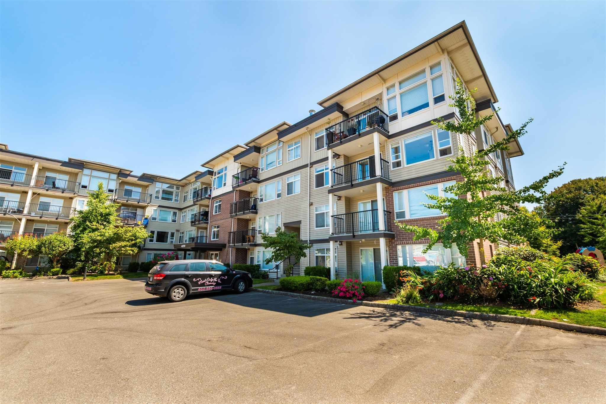 """Main Photo: 202 46289 YALE Road in Chilliwack: Chilliwack E Young-Yale Condo for sale in """"NEWMARK - PHASE III"""" : MLS®# R2605785"""