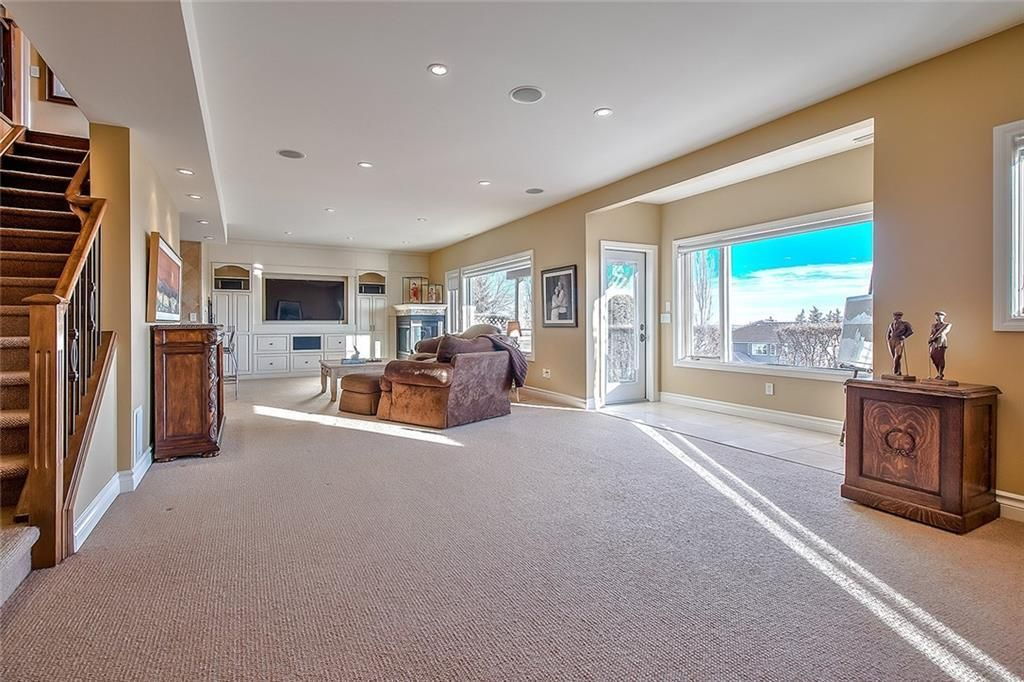 Photo 37: Photos: 153 SIGNATURE Close SW in Calgary: Signal Hill Detached for sale : MLS®# C4283177