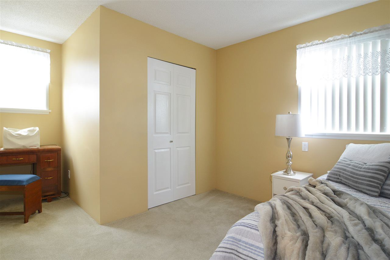 Photo 12: Photos: 19817 48A AVENUE in Langley: Langley City House for sale : MLS®# R2248083