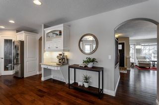 Photo 18: 87 Douglasview Road SE in Calgary: Douglasdale/Glen Detached for sale : MLS®# A1061965