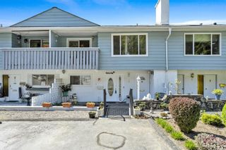 Photo 1: 6 3194 Gibbins Rd in : Du West Duncan Row/Townhouse for sale (Duncan)  : MLS®# 873234