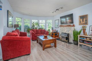 Photo 2: 12147 FLETCHER Street in Maple Ridge: East Central House for sale : MLS®# R2588036