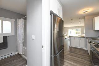 Photo 17: 16 1240 Wilkinson Rd in : CV Comox Peninsula Manufactured Home for sale (Comox Valley)  : MLS®# 881930