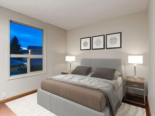 Photo 29: 587 WOODPARK Crescent SW in Calgary: Woodlands Detached for sale : MLS®# C4243103