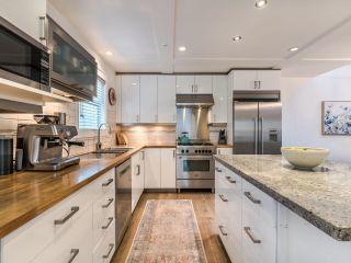 Photo 5: 1231 E 11TH Avenue in Vancouver: Mount Pleasant VE 1/2 Duplex for sale (Vancouver East)  : MLS®# R2625828