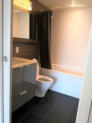 Photo 9:  in : Downtown PG Condo for rent (Vancouver)  : MLS®# AR082