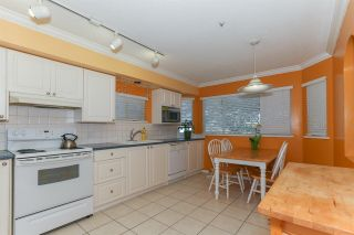 Photo 2: 107 303 CUMBERLAND STREET in New Westminster: Sapperton Townhouse for sale : MLS®# R2060117