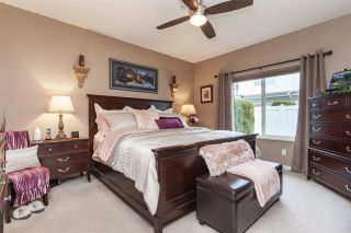 """Photo 14: 12 21579 88B Avenue in Langley: Walnut Grove Townhouse for sale in """"Carriage Park"""" : MLS®# R2439015"""