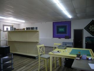 Photo 4: 2700 Sq FT Commercial Building