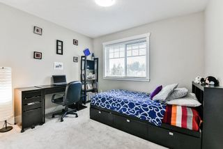"""Photo 15: 127 15399 GUILDFORD Drive in Surrey: Guildford Townhouse for sale in """"GUILDFORD GREEN"""" (North Surrey)  : MLS®# R2237547"""