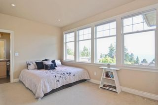 Photo 18: 13341 MARINE Drive in Surrey: Crescent Bch Ocean Pk. House for sale (South Surrey White Rock)  : MLS®# R2073258