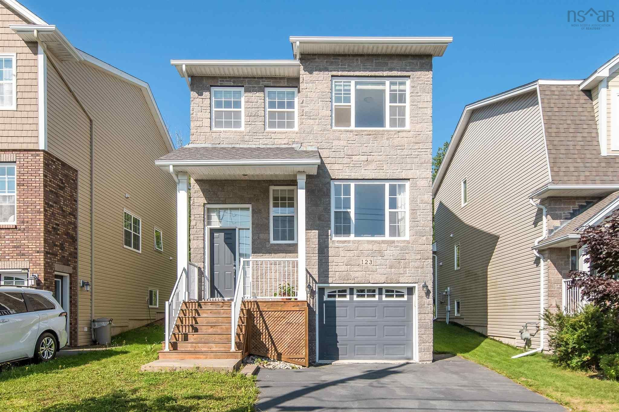 Main Photo: 123 Capstone Crescent in West Bedford: 20-Bedford Residential for sale (Halifax-Dartmouth)  : MLS®# 202123038