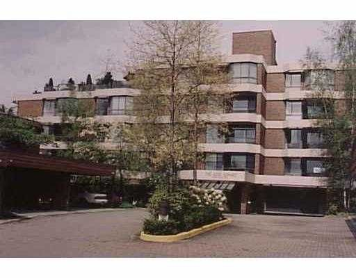 """Main Photo: 3905 SPRINGTREE Drive in Vancouver: Quilchena Condo for sale in """"KING EDWARD"""" (Vancouver West)  : MLS®# V622356"""