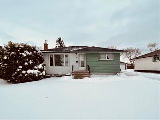 Main Photo: 81 Crestwood Crescent in Winnipeg: Niakwa Park Residential for sale (2G)  : MLS®# 202108070