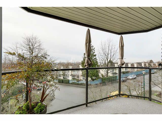 """Photo 16: Photos: 214 2250 SE MARINE Drive in Vancouver: Fraserview VE Condo for sale in """"WATERSIDE"""" (Vancouver East)  : MLS®# V1103977"""