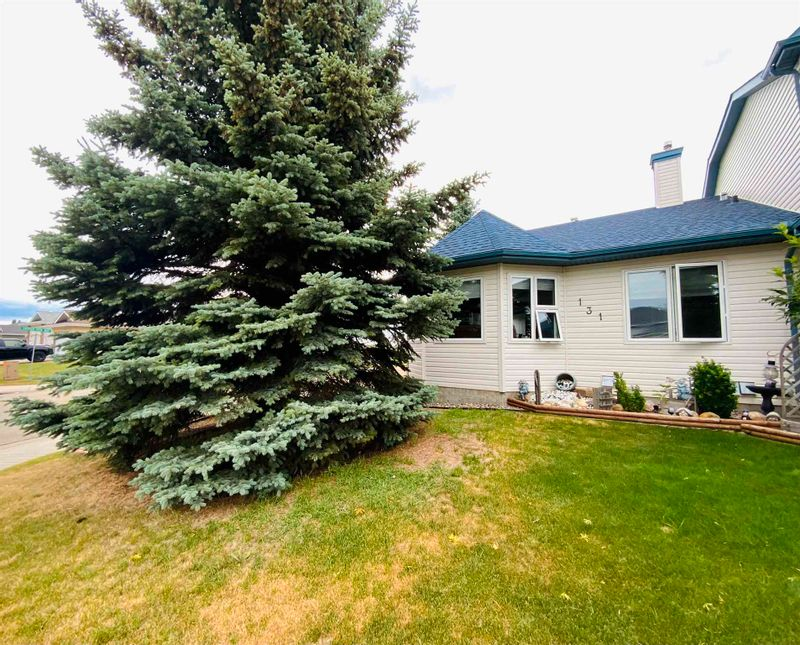 FEATURED LISTING: 131 Parkside Drive Wetaskiwin