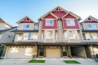 Photo 2: 11 16772 61 Avenue in Surrey: Cloverdale BC Townhouse for sale (Cloverdale)  : MLS®# R2427657