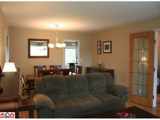 Photo 9: 8283 MAHONIA Street in Mission: Mission BC House for sale : MLS®# F1011331