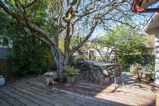 "Photo 21: 2847 GORDON Avenue in Surrey: Crescent Bch Ocean Pk. House for sale in ""CRESENT BEACH VILLAGE"" (South Surrey White Rock)  : MLS®# R2566027"