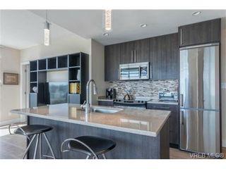 Photo 4: 802 1090 Johnson St in VICTORIA: Vi Downtown Condo for sale (Victoria)  : MLS®# 740685
