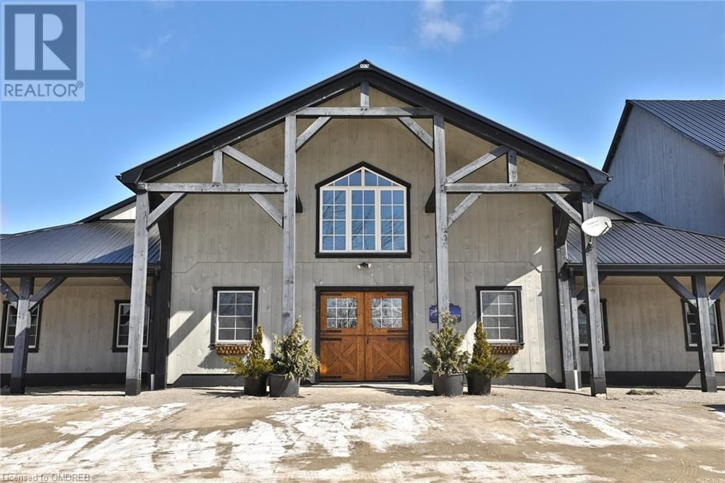 Main Photo: 1694 CENTRE Road in Carlisle: House for sale : MLS®# 30782431