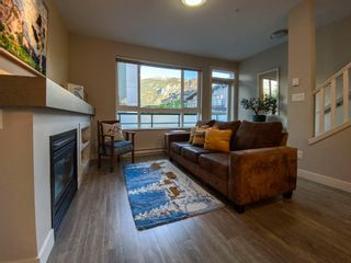 "Photo 14: 1177 NATURES GATE Crescent in Squamish: Downtown SQ Townhouse for sale in ""Natures Gate at Eaglewind"" : MLS®# R2459208"