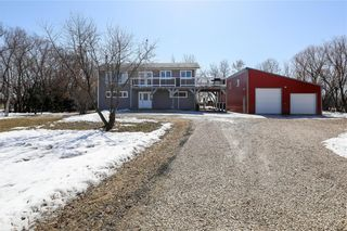 Photo 2: 24018 MUN 48N RD in Ile Des Chenes: House for sale : MLS®# 202007847