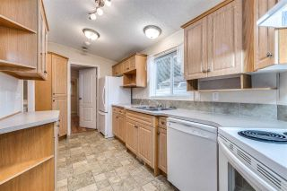 "Photo 13: 11841 PINYON Drive in Pitt Meadows: Central Meadows Manufactured Home for sale in ""Meadows Highlands Co-operative Park"" : MLS®# R2510463"