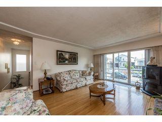 Photo 2: 2951 GRAVELEY Street in Vancouver: Renfrew VE House for sale (Vancouver East)  : MLS®# R2174134