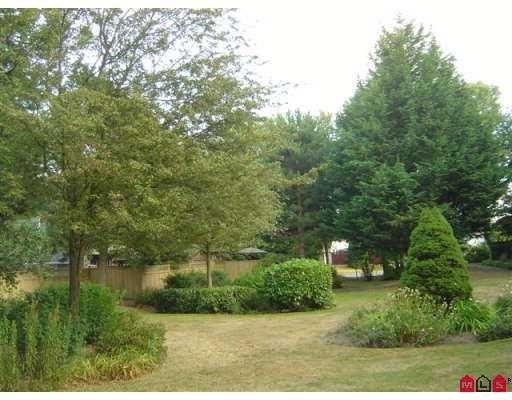 "Photo 8: Photos: 312 7426 138TH ST in Surrey: East Newton Condo for sale in ""Glencoe Estates"" : MLS®# F2618975"