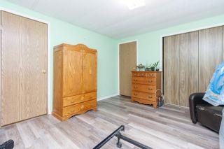 Photo 12: 37 1393 Craigflower Rd in : VR View Royal Manufactured Home for sale (View Royal)  : MLS®# 874706