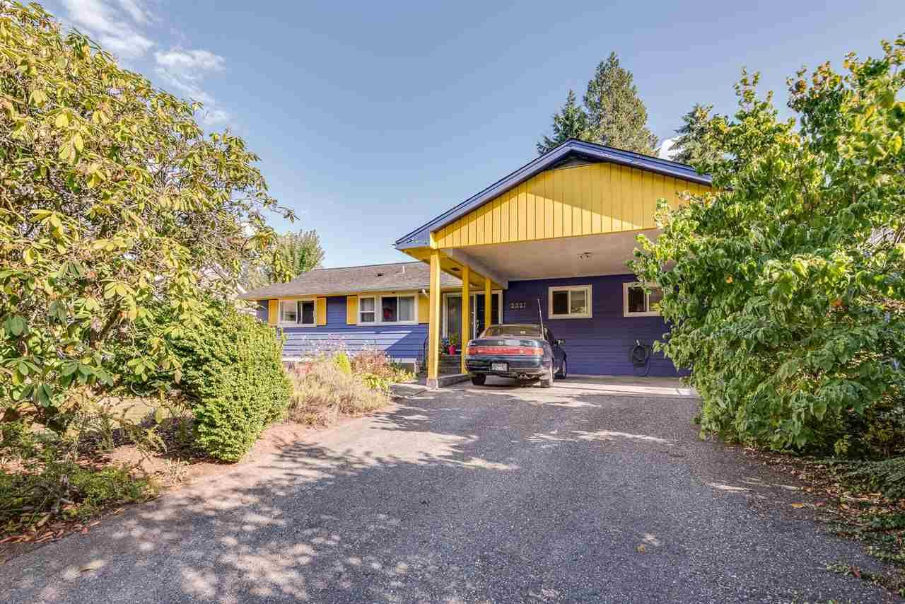 """Main Photo: 2327 KILMARNOCK Crescent in North Vancouver: Westlynn Terrace House for sale in """"Westlynn Terrace"""" : MLS®# R2401067"""