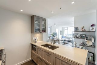 Photo 6: 2804 5665 BOUNDARY ROAD in Vancouver: Collingwood VE Condo for sale (Vancouver East)  : MLS®# R2396994