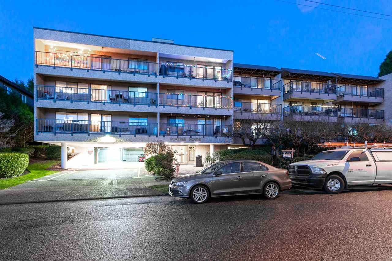 "Main Photo: 212 330 E 1ST Street in North Vancouver: Lower Lonsdale Condo for sale in ""Portree House"" : MLS®# R2523921"