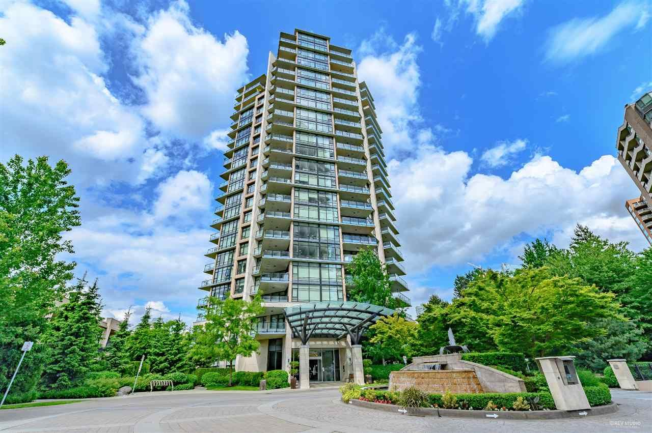"Main Photo: 1002 6168 WILSON Avenue in Burnaby: Metrotown Condo for sale in ""JEWEL II"" (Burnaby South)  : MLS®# R2462727"