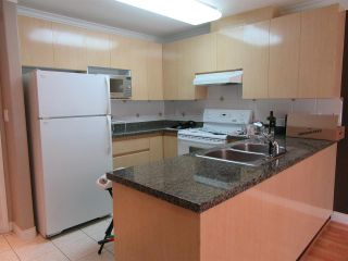 Photo 10: 302 8115 121A Street in Surrey: Queen Mary Park Surrey Condo for sale : MLS®# R2181096