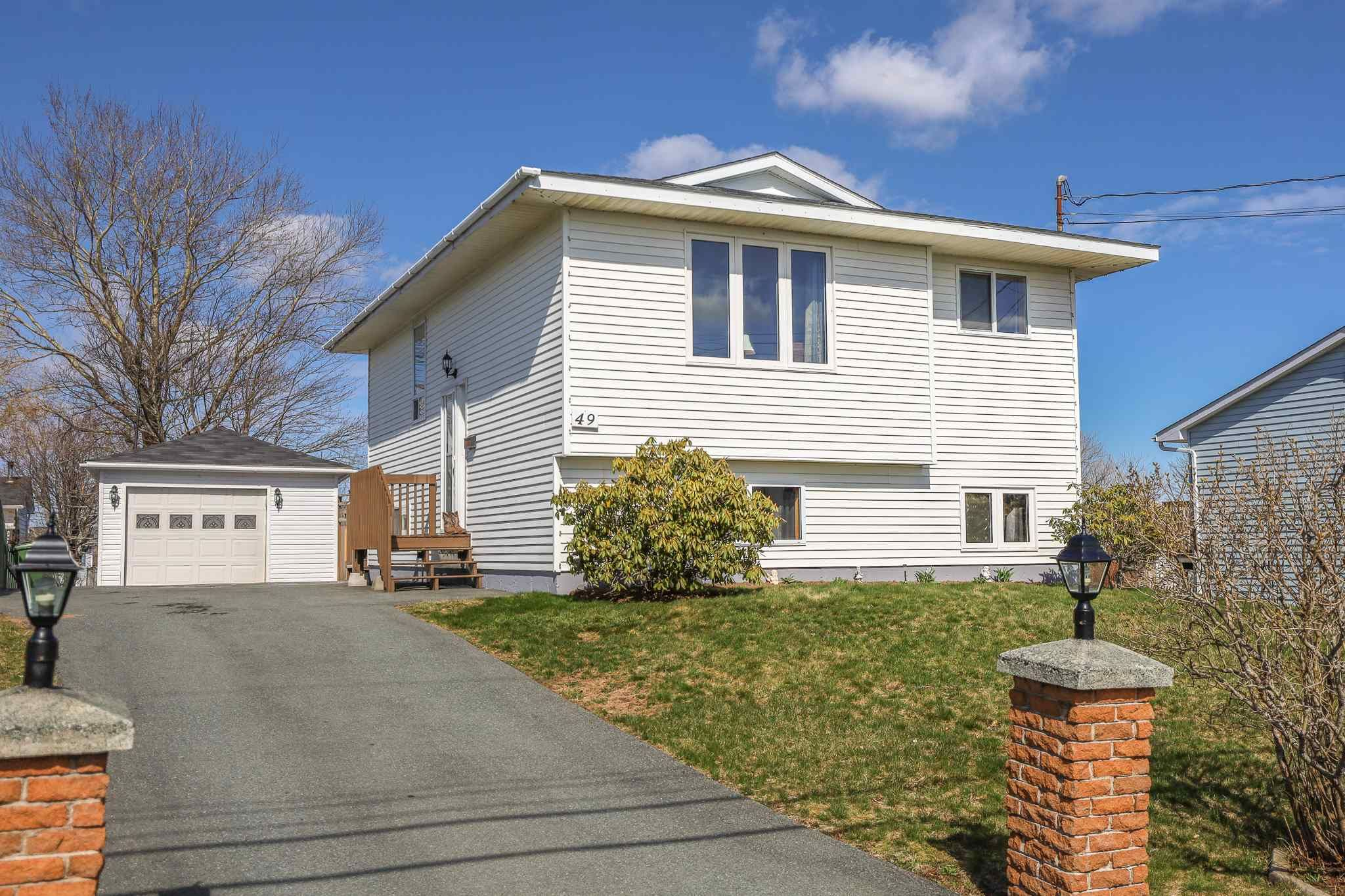 Main Photo: 49 Shrewsbury Road in Cole Harbour: 16-Colby Area Residential for sale (Halifax-Dartmouth)  : MLS®# 202108497