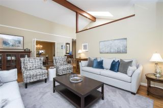 """Photo 4: 1610 PALMERSTON Avenue in West Vancouver: Ambleside House for sale in """"Ambleside"""" : MLS®# R2604244"""