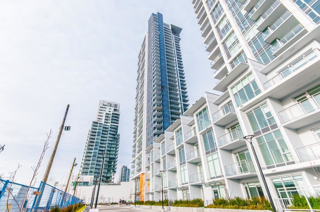 Main Photo: 3501 2311 BETA Avenue in Burnaby: Brentwood Park Condo for sale (Burnaby North)  : MLS®# R2608660