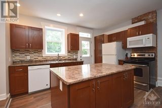 Photo 11: 99 CONCORD STREET N in Ottawa: House for sale : MLS®# 1266152
