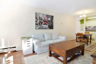 """Photo 4: 306 436 SEVENTH Street in New Westminster: Uptown NW Condo for sale in """"Regency Court"""" : MLS®# R2242396"""