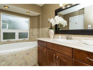 Photo 11: 15737 MCBETH Road in Surrey: King George Corridor House for sale (South Surrey White Rock)  : MLS®# R2146322